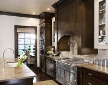 Kelowna Kitchen Cabinet Stains: How to Find a Finishing Touch You'll Love